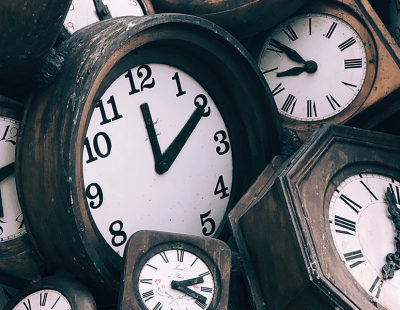 web3-time-clock-old-vintage-jon-tyson-unsplash-cc0
