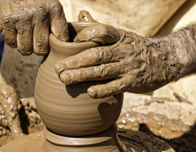 web3-pottery-potter-pot-clay-shutterstock_509373799