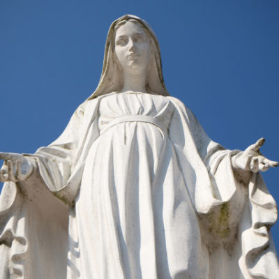 web-mary-blessed-mother-statue-zvonimir-atletic-shutterstock